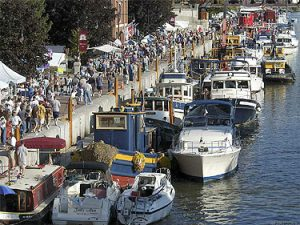 Tugboat Roundup Waterford NY – Discover the Erie Canal