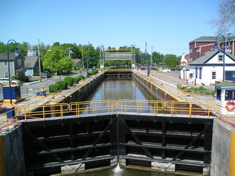 Baldwinsville-Lock-002